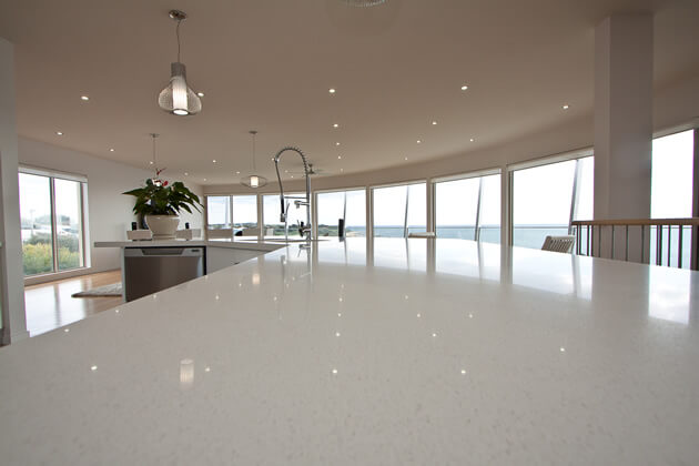 Crystal White Quartz Countertop For The Kitchen Gs Quartz Stone